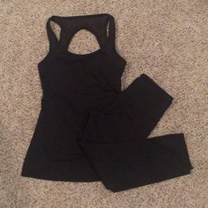 Fabletics sexy workout outfit.